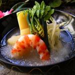 満る川 - 旬の天然食材を使用した 料理はどれも秀逸