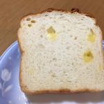 レアリッチ - チーズ食パン