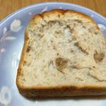 レアリッチ - くるみ食パン スライス