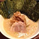 麺や天鳳 - 正油らーめん(脂多め)&ノリトッピング