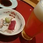 鮨政 - ランチビールとツマミ。