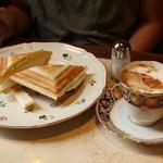 純喫茶 和光 - カフェカプチーノ+ハム&チーズ