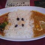 VOVO - 2種類のカレー(野菜+チキン)1,000円