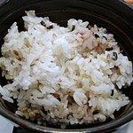估々 - 十穀米のご飯