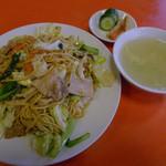 双龍 - 塩まぜ焼きそば(太麺)
