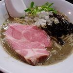 麺処 晴 - 濃厚そば(平子いりこ)780円