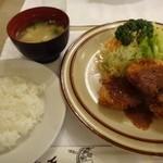 グリル千 - ポークヒレカツ(ライス・味噌汁付:1150円)