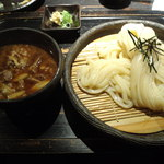 山元麺蔵 - 牛と土ごぼうのつけ麺