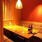 大地がごちそう - 雰囲気のいいソファー席も完備☆ワインとご一緒にどうぞ♪