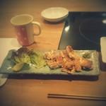 ちゃこ - 鶏(塩味で焼いたもの)