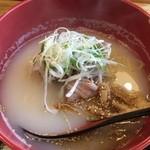 牛骨屋 バカボーン - 白麺850円+ハチノス300円