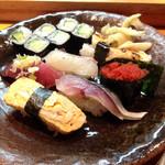 魚がし寿司 - これがレディースランチの10貫ランチのお寿司
