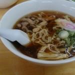 ゑびすや - 醤油ラーメン520円