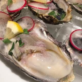 おすすめ前菜¥580~岡山県産生牡蠣