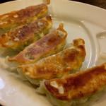 麺屋 集 - 餃子