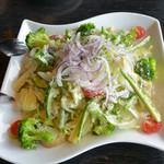 一瑳 - 13種類のシーザースサラダ