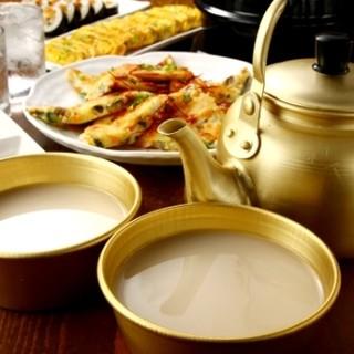 """韓国のおいしいお酒""""生マッコリ""""&""""チャミスル""""も♪"""