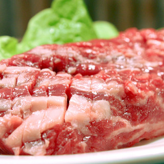 お肉に妥協は致しません!名物『王道ステーキ』!