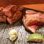 食楽酒 なおづ - ☆和牛イチボあぶり焼/和牛サーロインあぶり  いつも来たらオーダーします。 とろけるくらい上質なお肉は、塩と山葵で頂きます。