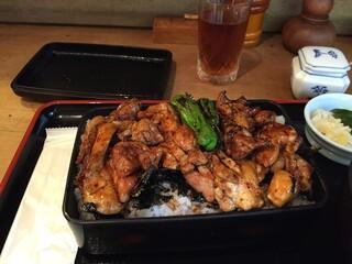おが和 - ご飯大盛り無料。