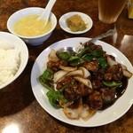 東珍味 - 黒酢酢豚ランチ