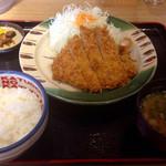 かつさと - ロースカツ定食 (2015.07現在)