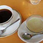 ランチ・カフェ 舎和 - ランチのコーヒーとデザート