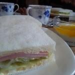 和かふぇ びぃんず - サンドイッチ、珈琲、ヨーグルト