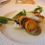 ジョルジュ マルソー - お魚:すずき(焼いて&蒸し)あさり&茄子のソース 夏野菜添え