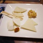 信州くらうど - 信州チーズ3種盛り(2015年7月)~☆