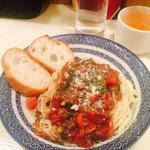 イタリアンバルLocco - トマトソースの冷製カッペリーニ800円。そうめんみたい。