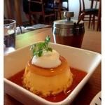 ロヴァニエミ - 日替わりケーキのプリン