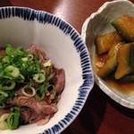 串かつ おばんざい とんとん - かぼちゃの煮物と牛肉とナスの煮物