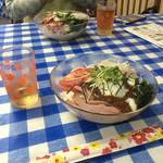 美奈都食堂 - 料理写真:小豆島の特産品の手打ち饂飩と素麺を使ったジャージャー麺。d(^_^o)  タレも特産のもろみを使ってて風味抜群。♪( ´▽`)