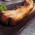 呑気処 ほの家 - 自家製の厚切りベーコンは、お肉感たっぷり!