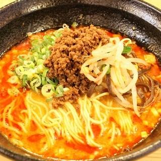 2014年辛メシ総選挙堂々の第1位!!自慢の担々麺