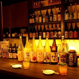 一味違う焼酎、日本酒、果実酒を沢山ご用意しております!
