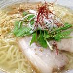 大漁 浅草店 - 鯛塩らーめんスープ表面