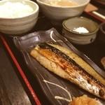笹塚のひもの屋 - さばみりん定食☺︎780円