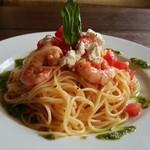 Cafe Chillax - Lunch 海老とトマトとバジルの冷製パスタ