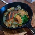 ポンレヴェック - 本日の魚料理 銀鮭のポワレ