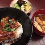 40409736 - 銀座奥田(琵琶湖産の天然鰻丼)