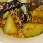 中国菜 膳楽房 - なすと挽き肉のバジル炒め