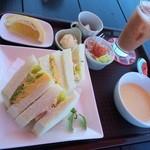あるくカフェ - サンドウィッチセット