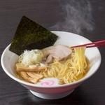 麺家神明 - 料理写真:淡麗系ラーメン 中華そば760円