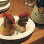 シャティバ - 肉団子とピーマンのピンチョス