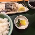 宮本 - 日替り定食(さわらの塩焼)900円