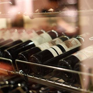 常時2000種以上のワインをご用意