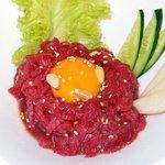 吾照里 - ユッケです。これも大好物な料理です。またまた、注文しちゃいました。新鮮なお肉でとっても美味しかったです。アッと言う間に無くなっちゃいました。