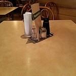 山守屋 - 4人掛けテーブルです。
